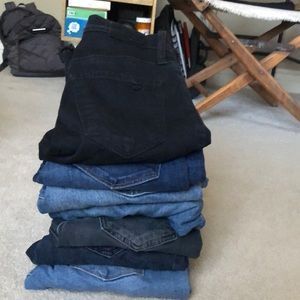 7 pairs of lucky brand jeans ACCEPTING OFFERS